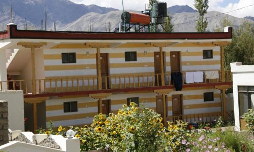 HIMALAYAN HOMESTAYS PACKAGES